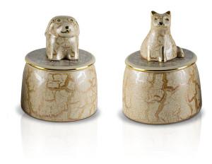 cane-gatto-marmo-chiaro